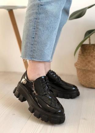 Чорні туфлі на платформі, броги, лофери, туфли на массивной подошве3 фото