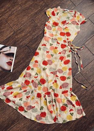 Потрясающе красивое цветочное летнее платье на запах