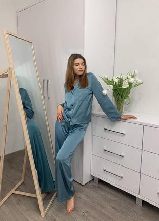 Шёлковая женская пижама свободная изумруд