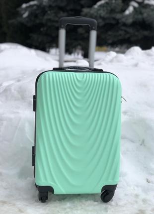 Ручна кладь, розмір s, пластикова валіза, фірма wings