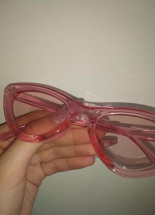 Крутые солнцезащитные очки идеально новые2 фото