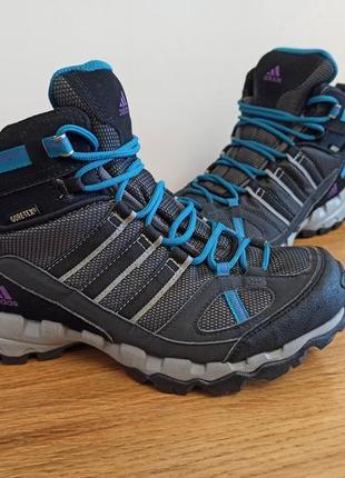 Трекинговые кроссовки adidas ax 1 mid gtx gore-tex.