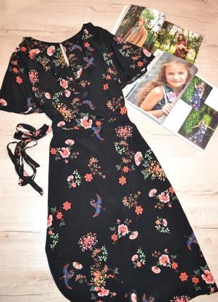 Красивое платье миди в цветах  м