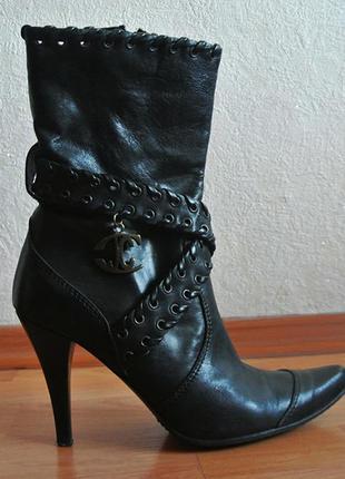 Кожаные ботиночки just cavalli. оригинал