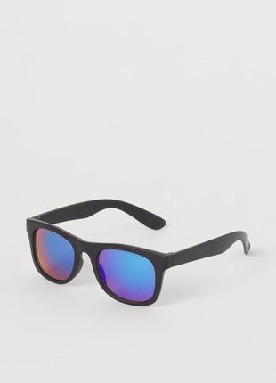 Фирменные очки
