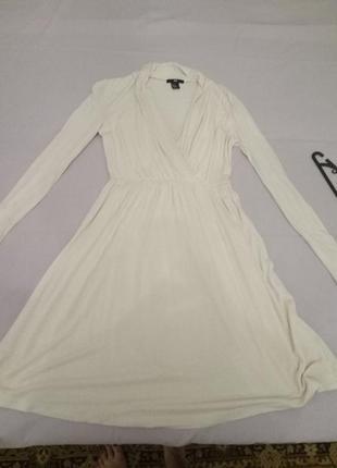 Нежное кремовое платье от h&m