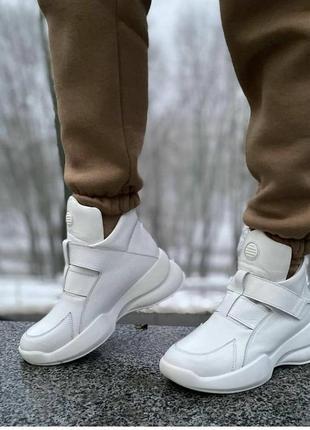 Высокое стильные кроссовки