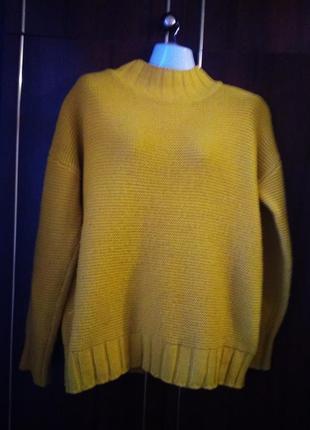 Ідеальний теплий базовий светр