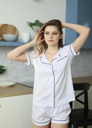 Качественная шелковая/атласная белая пижама. пижама шорты и рубашка хс-л