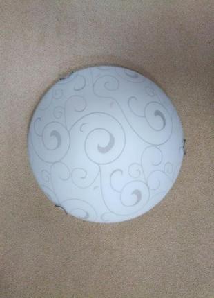 Потолочный светильник на 2 лампы (возможен монтаж на стену)