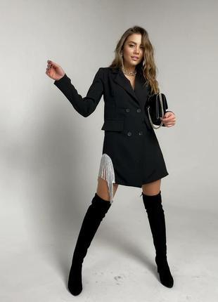 Платье-пиджак с бахромой. модное стильное платье 2021