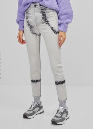 Стильные джинсы скини на высокой посадке