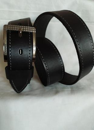 Мужской кожаный пояс джинсовый ремень черный белая строчка