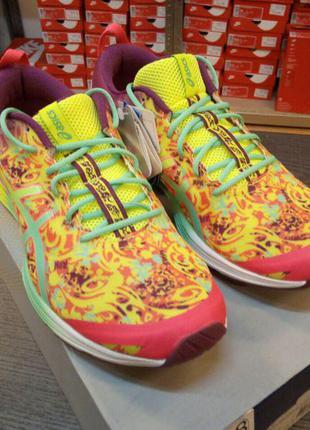 Оригинальные кроссовки для фитнеса asics