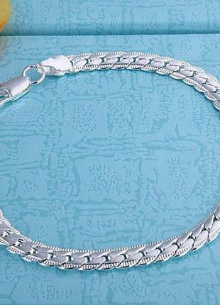 Красивый браслет. ювелирный сплав. серебро 925 проба (покрытие), есть штамп. длина:20см