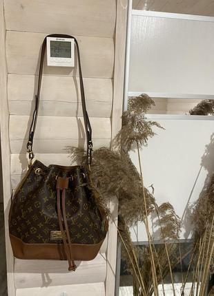 Louis vuitton винтажная сумка типа рюкзака🤎сумка с длинной ручной луи виттон