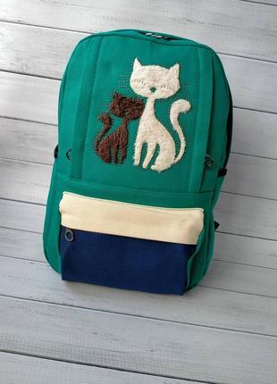 Оригинальный рюкзак пушистые котики