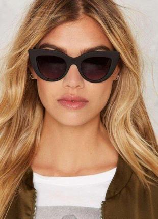Матовые солнцезащитные очки 442