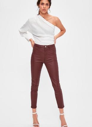 Суперовые стрейчевые джинсы скинни с пропиткой под кожу