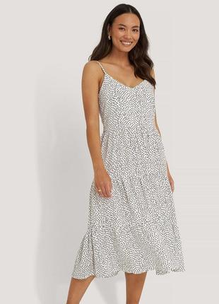 Na-kd міді-сукня у горошок крапинку