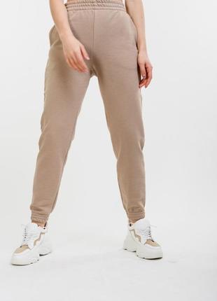 Женские спортивные штаны-джоггеры бежевые