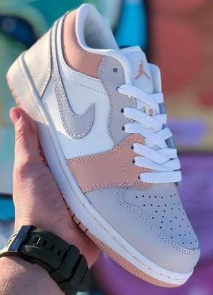 Женские кроссовки air jordan 1 low white beige