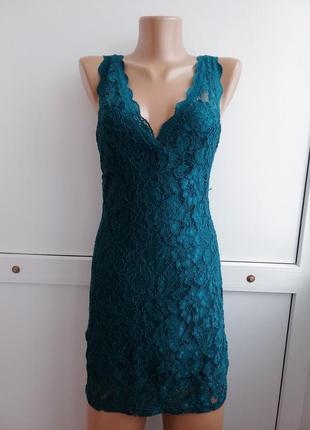 Платье зелёное короткое гипюровое