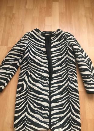 Продам стильное пальто mango