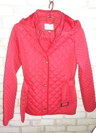 Курточка стеганная размер с-м