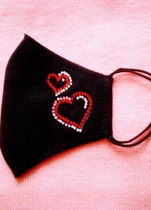 Маска двошарова чорна з сердечками
