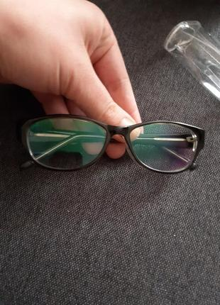 Очки для работы за компьютером с футляром