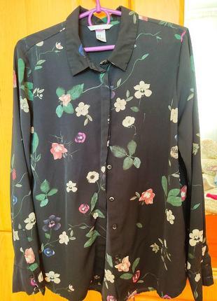 Блузка,рубашка с цветочним принтом