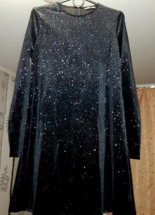 Шикарно вечернее платье от zara,размер м