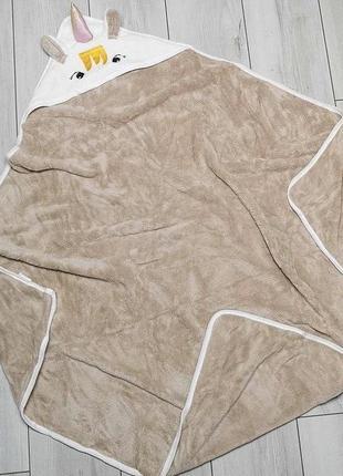 Детское полотенце -уголок с капюшоном