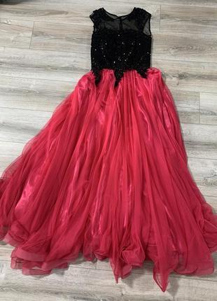 Очень красивое платье в пол выпускное на выпуск свадьбу свидетельницы дружки вечернее