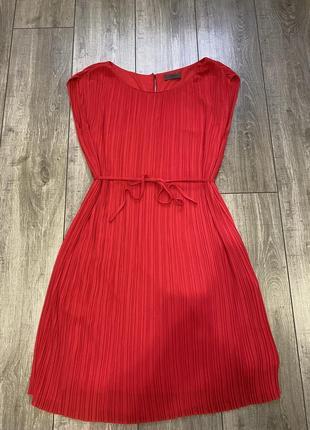 Шикарное платье s.oliver
