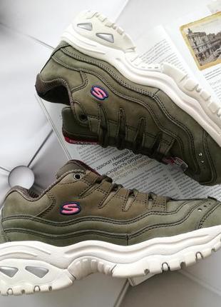 Крутые кроссовки американского бренда skechers energy - wave dancer