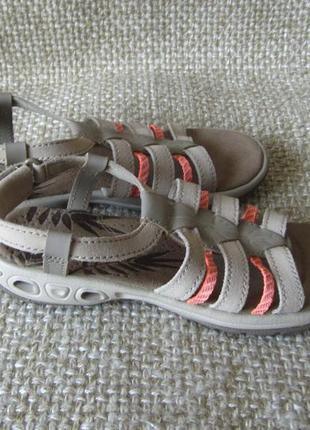 Розпродаж !!! сандалі шкіряні нові оригінал columbia bl4459-238 розмір 36