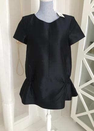 Короткое платье фирмы cos