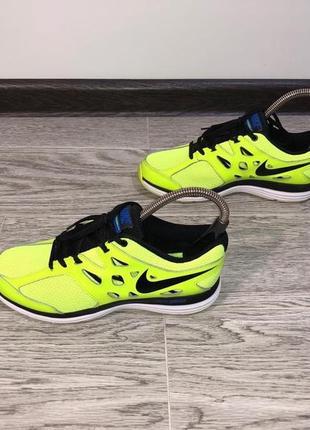 Nike downshifter dual fusion кроссовки, как новые!