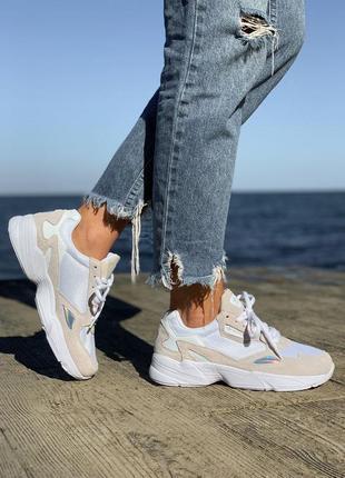 Adidas falcon 🍏 стильные женские кроссовки адидас