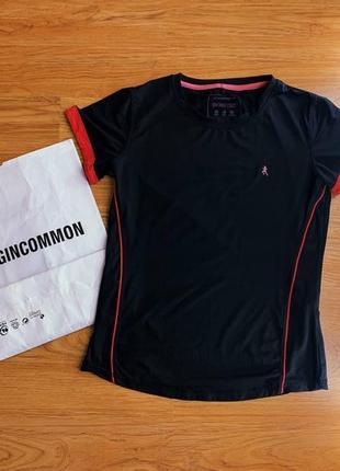 Женская компрессионная чёрная футболка /спорт одежда