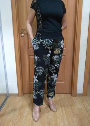 Цветные классные штаны с крманами.  размер 16-18