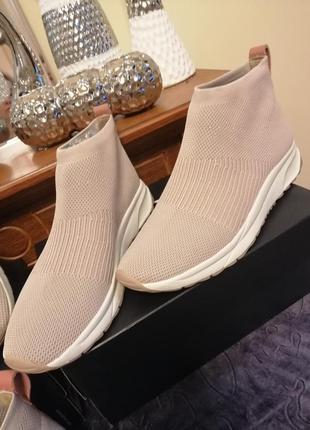 Кроссовки носки naturalizer