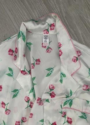 Нарядная атласная пижама в розочки asos