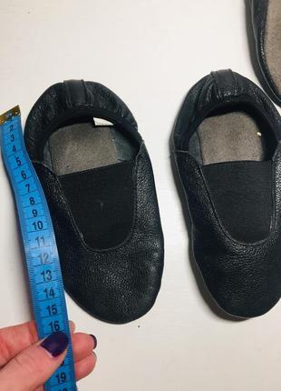 Чешки чёрные белые кожаные 25 23 22 26 размер4 фото
