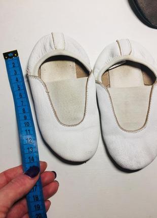 Чешки чёрные белые кожаные 25 23 22 26 размер5 фото
