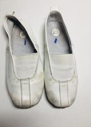 Чешки чёрные белые кожаные 25 23 22 26 размер7 фото