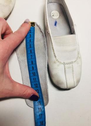 Чешки чёрные белые кожаные 25 23 22 26 размер8 фото