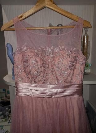 Шикарное фирменное нежное вечернее платье 🌺
